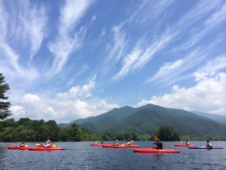 [【旅Q】裏磐梯親子キャンプ体験&スプラッシュレイクカヌー体験ツアー] 小野川湖スプラッシュレイクカヌー体験