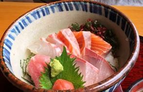 人気No. 1  海鮮丼♫