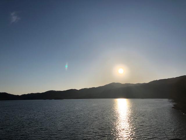 裏磐梯で1番大きい湖桧原湖1周ドライブにでかけませんか?