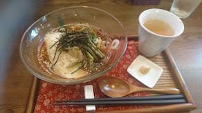 和風カフェで涼しくランチを