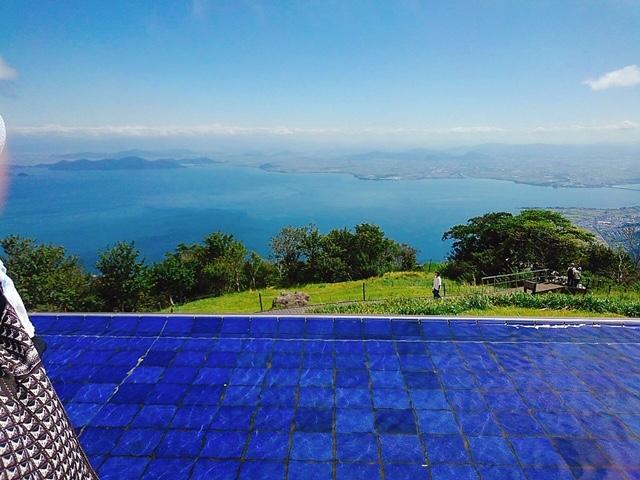 広がる琵琶湖