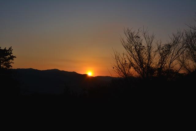 2月上旬 日の出と日の入り時間