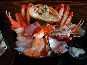 地元鮮魚を楽しむ、てっぺん海鮮丼