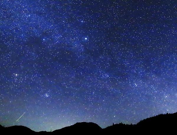 この夏に観察できる流星群のご紹介