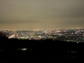 中間平緑地公園 夜景