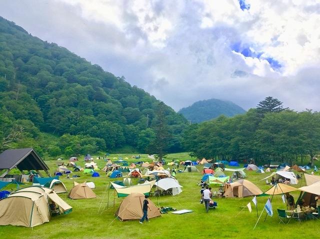 [『奥日光の大自然にあるキャンプ場で遊ぶ』休暇村日光湯元の「手ぶらでキャンププラン」] BBQ?フリスビー?星空観察?遊びはそれだけ?楽しみは無限に♪