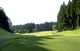 [【日光紅葉ゴルフリゾート】×【休暇村 日光湯元】ゴルフパック] 日光紅葉ゴルフリゾートNo1ホール