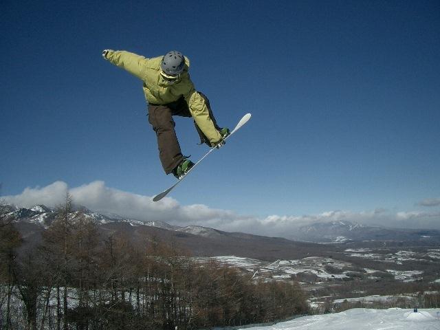 [【レンタルスキー用具1日分+リフト1日券付】手ぶらでスキープラン(湯の丸スキー場利用)] 湯の丸スキー場