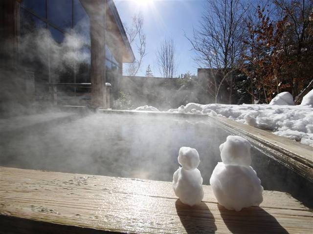 [アルプス5泊旅プランー初冬ー(松本駅までの送迎付♪)] 露天風呂(冬 雪見)