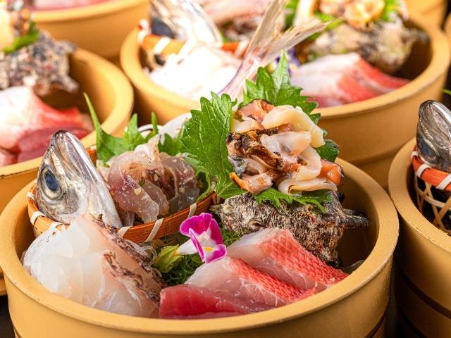 [2021年4月~【スタンダード】ビュッフェプラン金目鯛・さざえ・ローストビーフ~自然の恵みを堪能] 夕食ビュッフェ 豪華お刺身5種盛り
