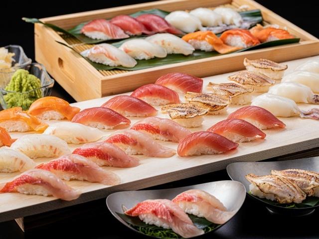 [【スタンダード】秋のNEWビュッフェ金目鯛・さざえ・帆立~海の恵みを堪能] 夕食ビュッフェ 金目鯛、ノドグロなど寿司6種