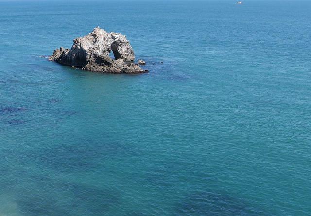 [1日10組限定【愛知県民様限定】秋のあいち旅プラン] 碧い海に会えました。@日出の石門