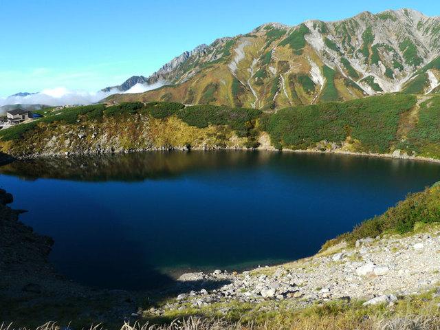 [【2泊5食付バスツアー】 北アルプス 立山室堂・天狗平ウォーク] みくりが池・秋