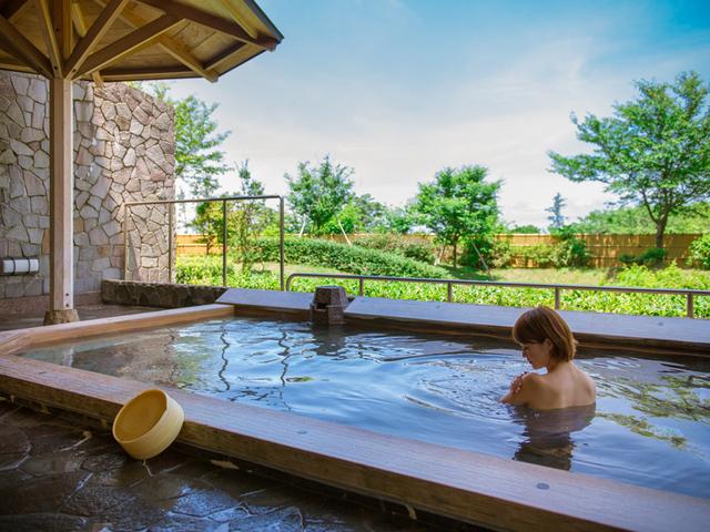 [【お楽しみ福袋付き】福井県民限定~家族でお出かけDay~] 緑を見ながら温泉につかれば、心も体もリフレッシュ♪