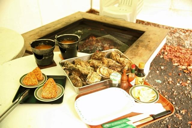 [【キャンプ場 日帰り】 手ぶらで「牡蠣(かき)小屋」プラン <昼食> 温泉入浴付!] 牡蠣小屋イメージ