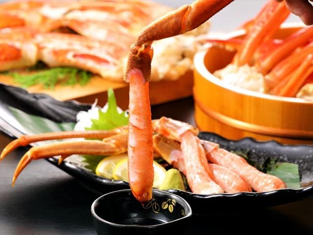 [【本館】ズワイガニ食べ放題付 冬の高原ビュッフェ宿泊プラン] 刺身、炙り、茹で、ズワイガニ食べ放題のプレミアムビュッフェ