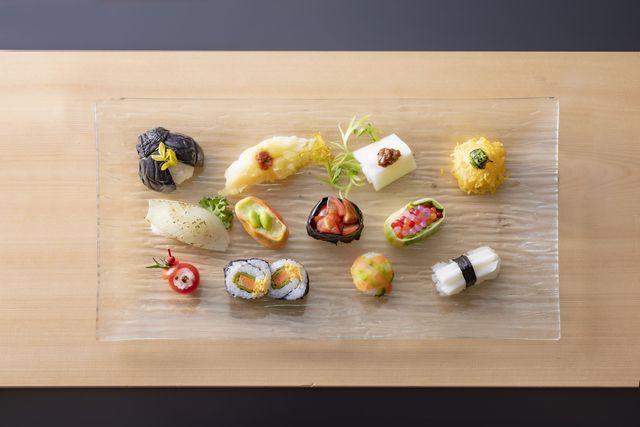[泊まれば泊まるほどお得!ゆったりのんびり連泊プラン(3泊)] 彩り豊かな野菜寿司