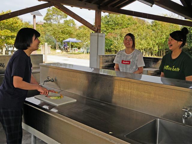 [NEW 手ぶらでキャンプパック食材持ち込みプラン YAMAZEN製テント] 夕食・朝食に必要な食材は持ち込んで調理