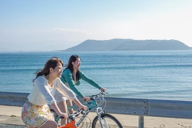 [【Q会員様限定】ゆったりのんびり連泊プラン ~志賀島紀行~5泊10食] 青い海と澄んだ空がとてもきれい!景色を見ながらサイクリングを楽しめます。