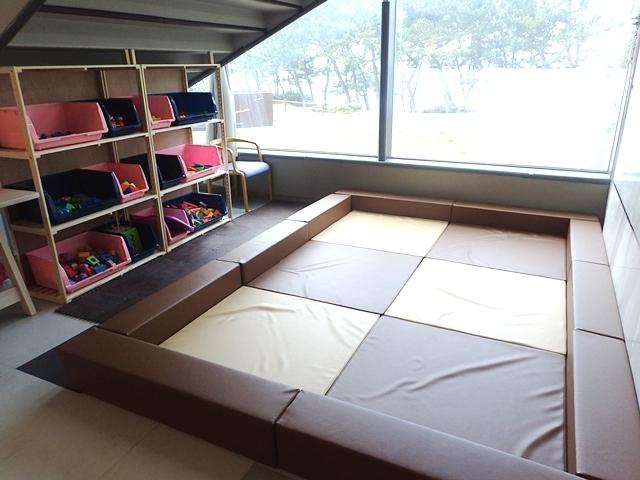 [お得なマリンワールド海の中道入館券付き!【お子様宿泊料半額】三世代旅行応援プラン【平日限定】] 小さなお子様も楽しんでいただけるようスペースを設けました。