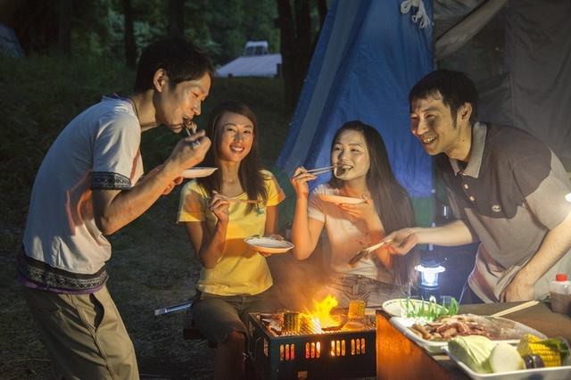 [【手ぶらでキャンプパック 2017 BBQ】 豚・鶏・牛 3種類のBBQを雄大な阿蘇の自然の中で満喫しよう!] キャンプ場で思い出を作ろう