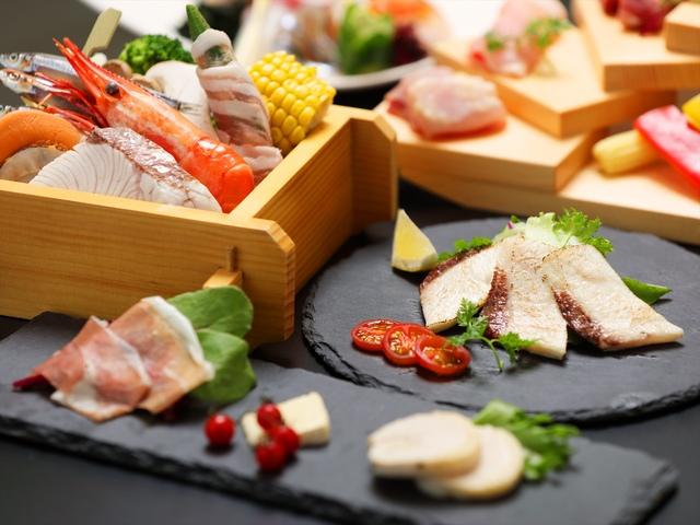 [【早期割60】2,000円もお得!薩摩三大黒肉のかいだんと海鮮料理×ハーフビュッフェ] 薩摩の黒を極める薩摩の三大黒肉のかいだんと海鮮料理